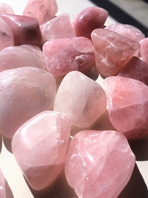 rose quartz tumbled stones from south dakota pink crystals